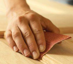 Шлифовка вручную – обязательное условие гладкой поверхности