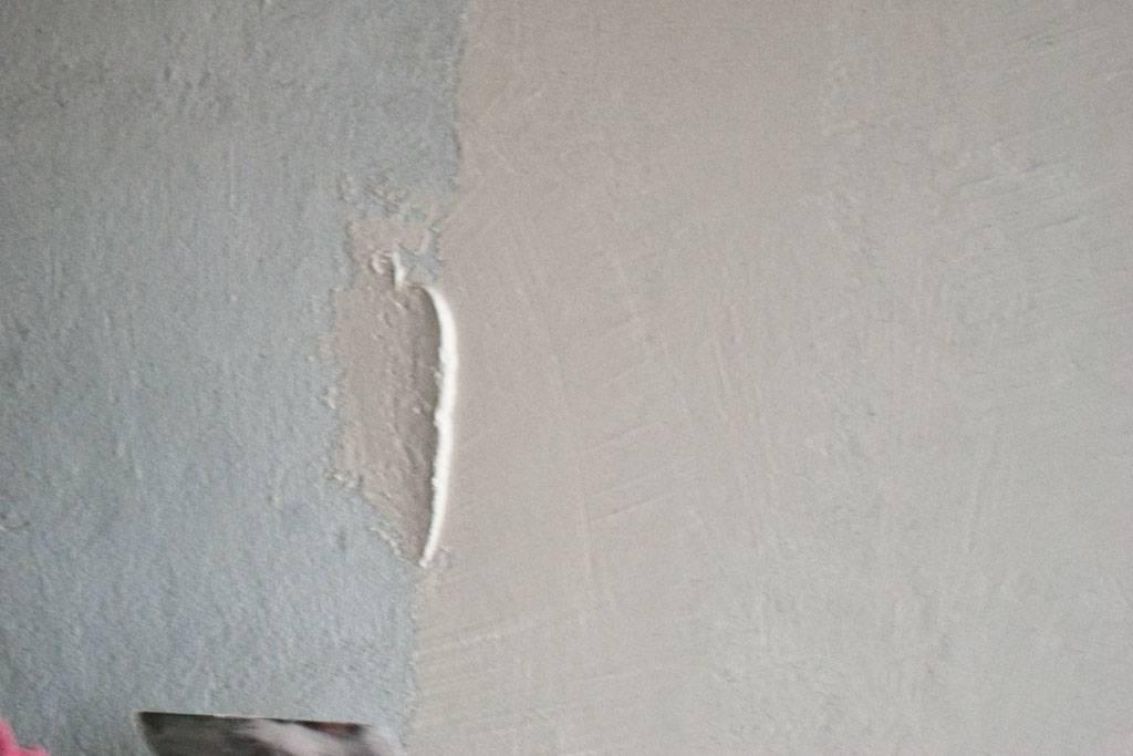 Финишная штукатурка стены