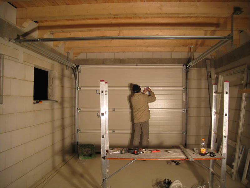 Как поштукатурить гараж своими руками