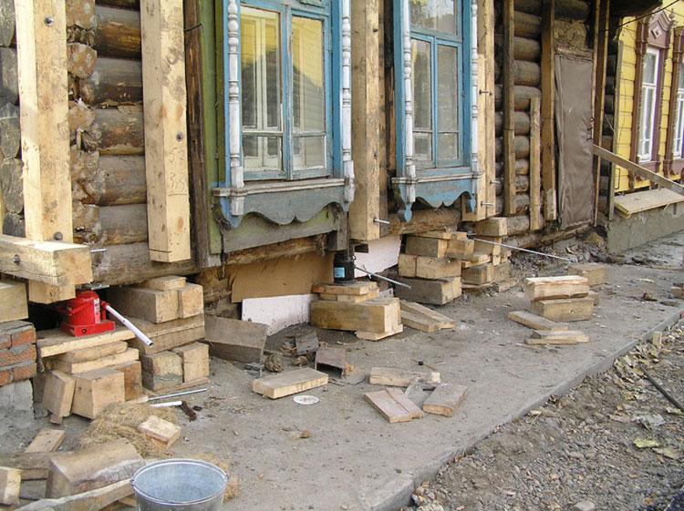 Как подрубить деревянный дом своими руками 75