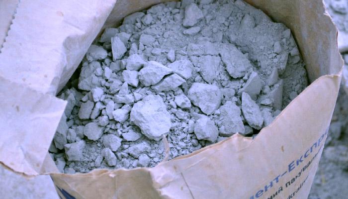 Что делать с затвердевшим цементом