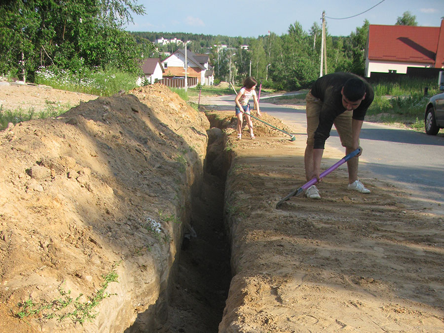 Копаем траншею под канализацию своими руками 69